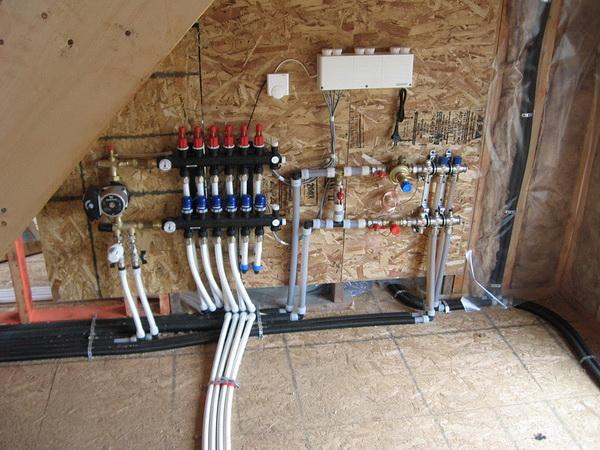 Как работает лучевая схема системы отопления двухэтажного дома 5