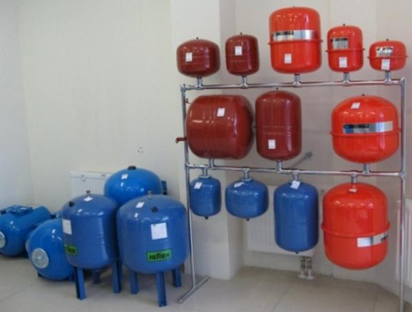 Как устроен расширительный бак системы отопления, где купить, как монтировать 3