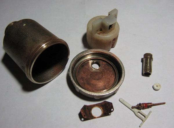 Воздухоотводчики и воздухосборник для системы отопления 3