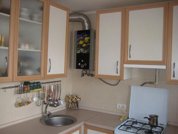 Как можно спрятать газовый котел на кухне – фото и варианты 9